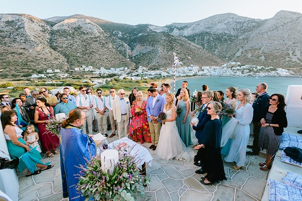 rustic-beach-wedding-sifnos-blue-green-accents_37