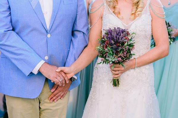 rustic-beach-wedding-sifnos-blue-green-accents_38