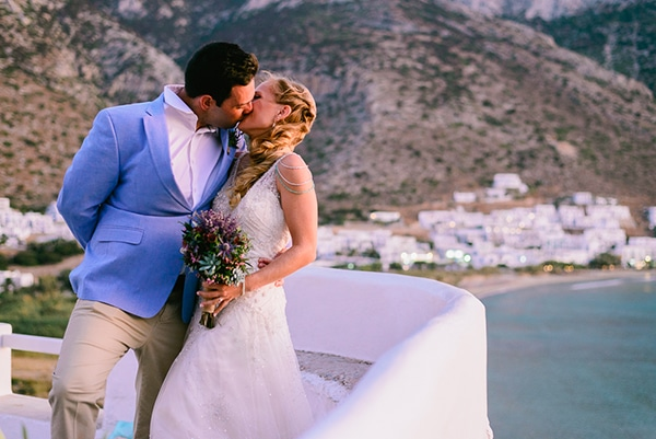 rustic-beach-wedding-sifnos-blue-green-accents_43