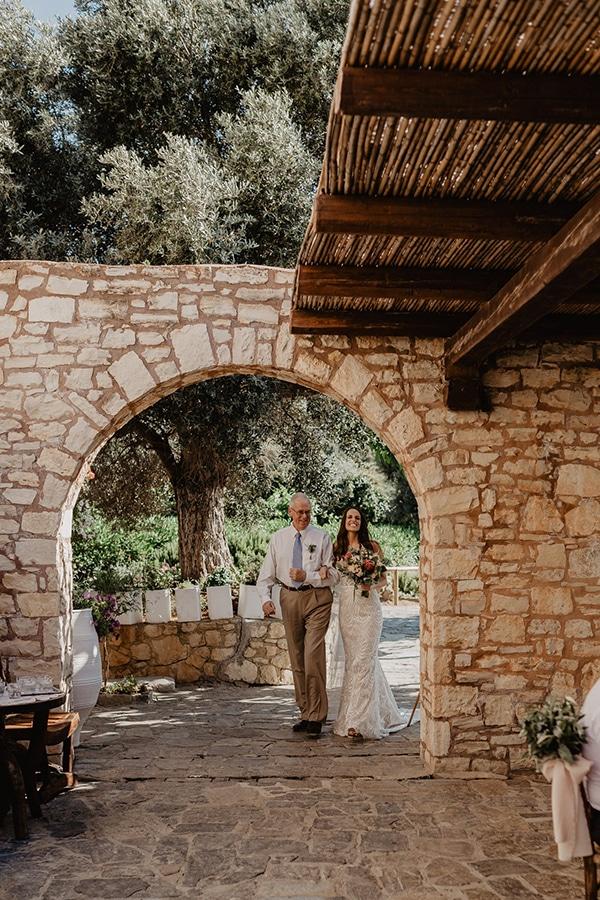 rustic-summer-wedding-crete-pastel-colors_19