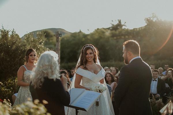 rustic-wedding-nicosia-string-lights-vivid-colors_28