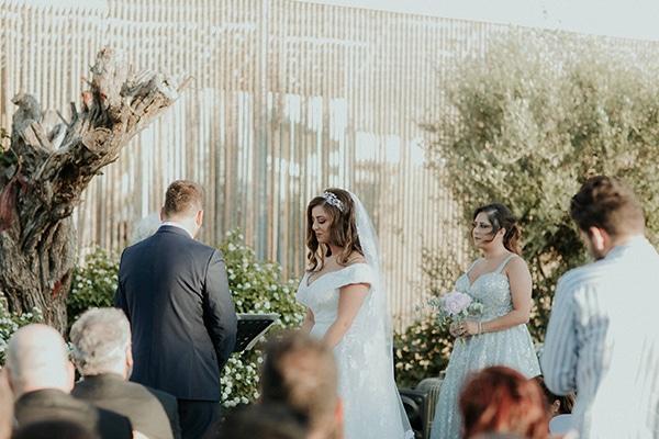 rustic-wedding-nicosia-string-lights-vivid-colors_32