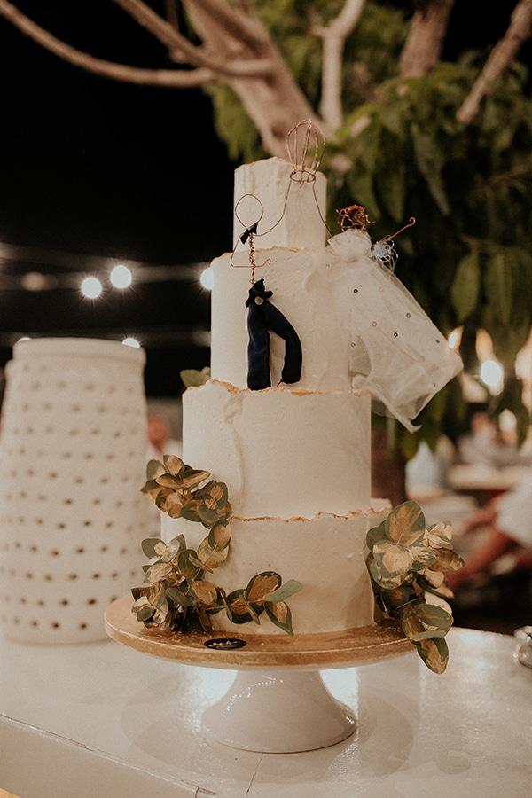 rustic-wedding-nicosia-string-lights-vivid-colors_57