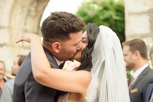 summer-wedding-corfu-pink-accents_20x