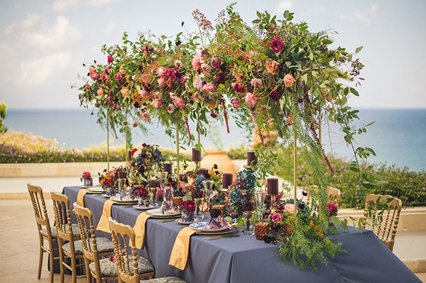 wedding-decoration-ideas-with-hanging-flowers_05.