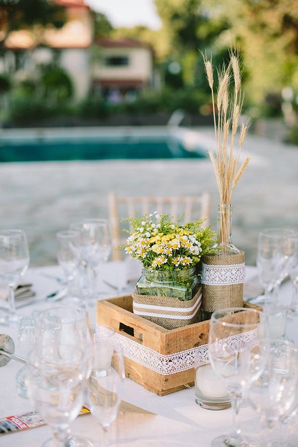 wedding-decoration-with-straw_03.