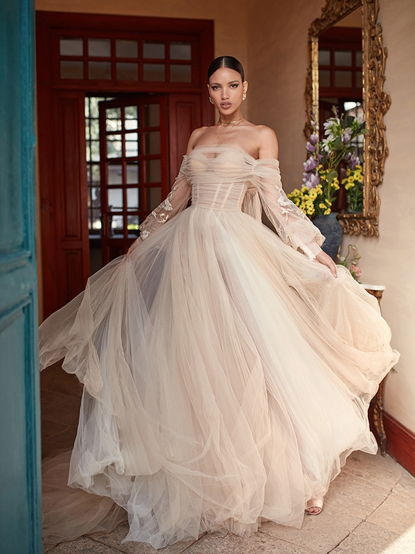 wedding-dresses-long-sleeves-you-will-adore_01.