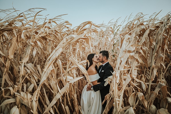 beautiful-fall-wedding-larissa-bohemian-flair_03x