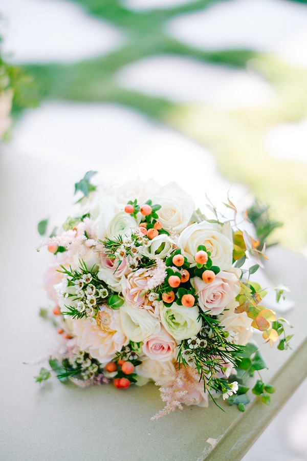 beautiful-spring-wedding-romantic-details-pastel-hues_06x
