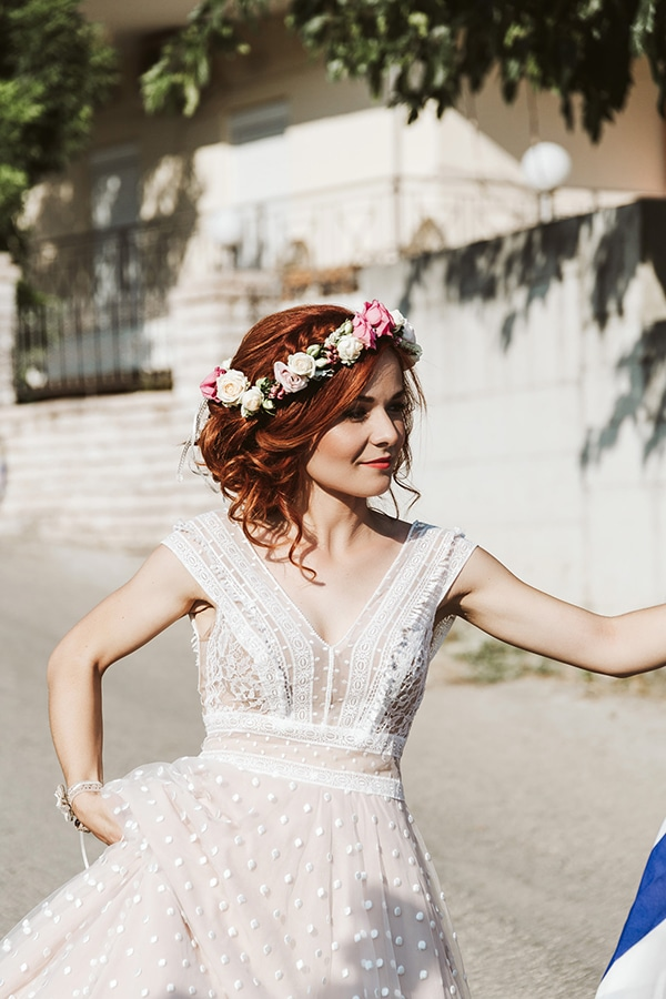 beautiful-summer-wedding-village-thesprotia-bohemian-details-rotten-apple-hues_07x