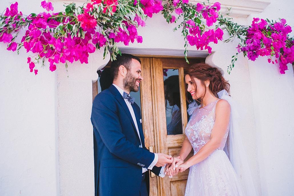 Ο πιο όμορφος καλοκαιρινός γάμος με βουκαμβίλια στη Φολέγανδρο │ Βίλμα & Νίκος