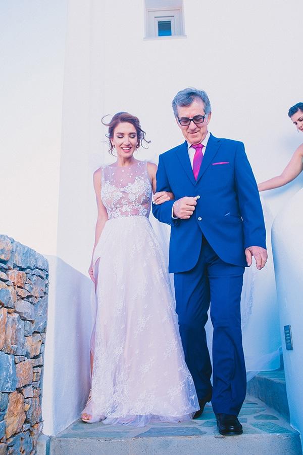 beautiful-summer-wedding-voukamvilia-folegandros_18