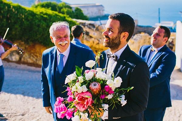 beautiful-summer-wedding-voukamvilia-folegandros_30