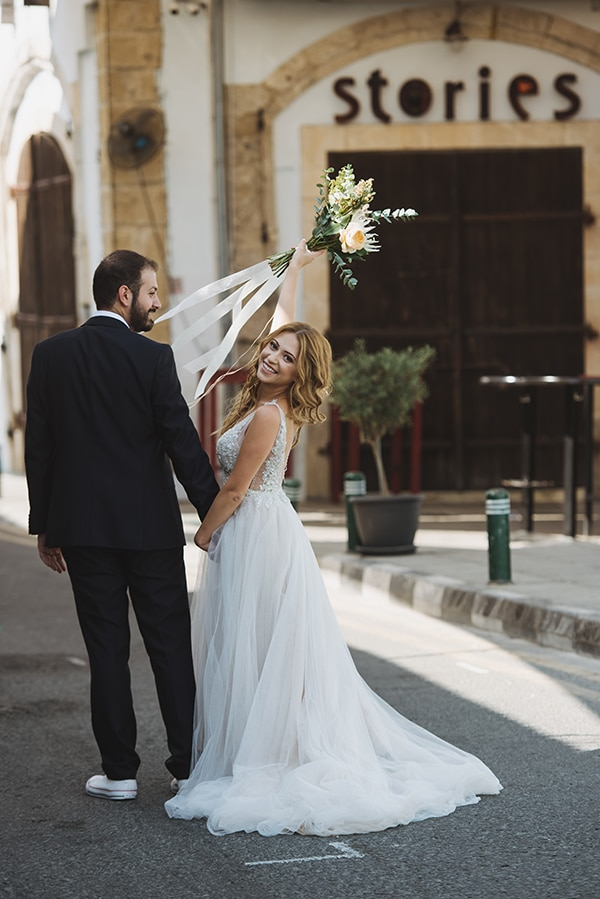 bohemian-fall-wedding-nicosia-pampas-grass-protea_02