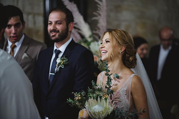 bohemian-fall-wedding-nicosia-pampas-grass-protea_24