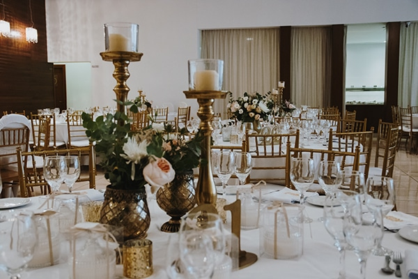 bohemian-fall-wedding-nicosia-pampas-grass-protea_32x