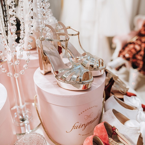 dreamy-bridal-shoes-glamorous-bridal-look_03