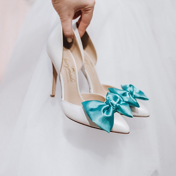 dreamy-bridal-shoes-glamorous-bridal-look_07