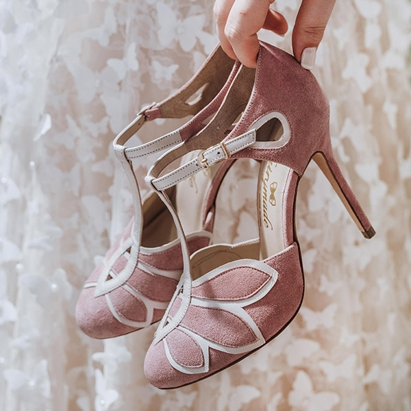dreamy-bridal-shoes-glamorous-bridal-look_09