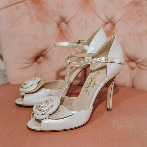 dreamy-bridal-shoes-glamorous-bridal-look_10