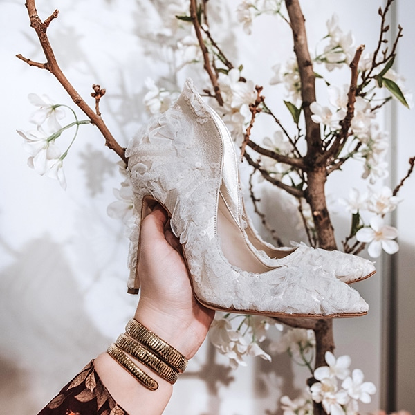 dreamy-bridal-shoes-glamorous-bridal-look_13