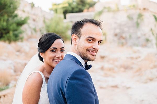 dreamy-outdoor-wedding-crete-magical-view_12x