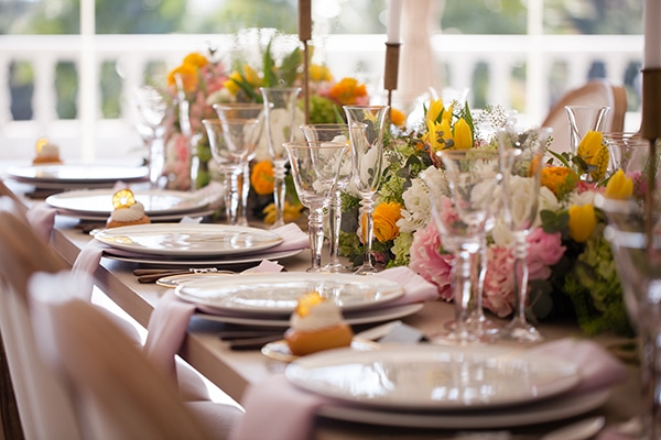 dreamy-shoot-athens-riviera-romantic-elegant-decoration_05x