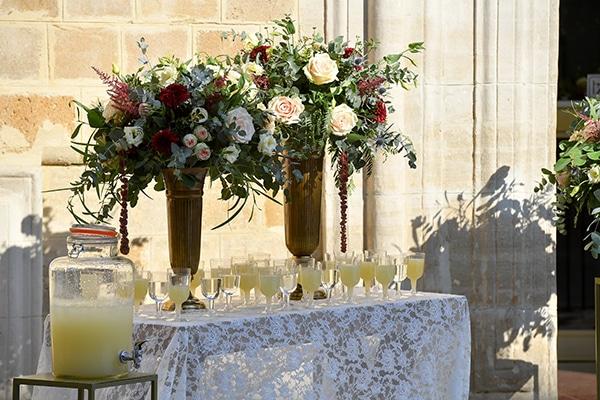 elegant-autumn-wedding-nicosia-beautiful-floral-design-burgundy-pastel-white-hues_16