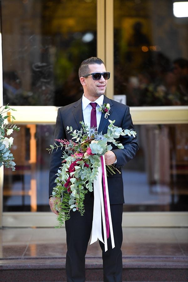 elegant-autumn-wedding-nicosia-beautiful-floral-design-burgundy-pastel-white-hues_17