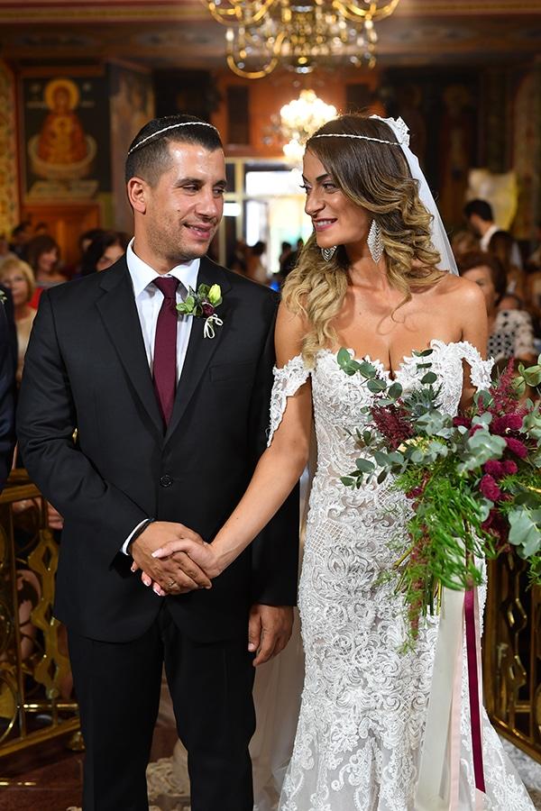 elegant-autumn-wedding-nicosia-beautiful-floral-design-burgundy-pastel-white-hues_20
