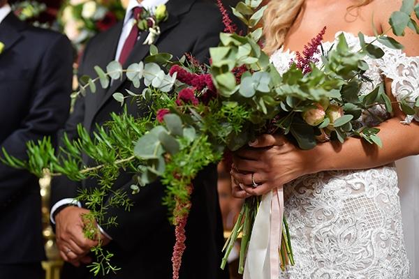 elegant-autumn-wedding-nicosia-beautiful-floral-design-burgundy-pastel-white-hues_20x