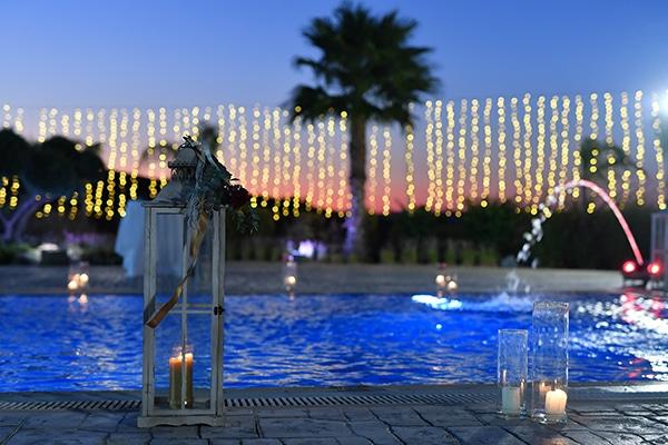 elegant-autumn-wedding-nicosia-beautiful-floral-design-burgundy-pastel-white-hues_21x