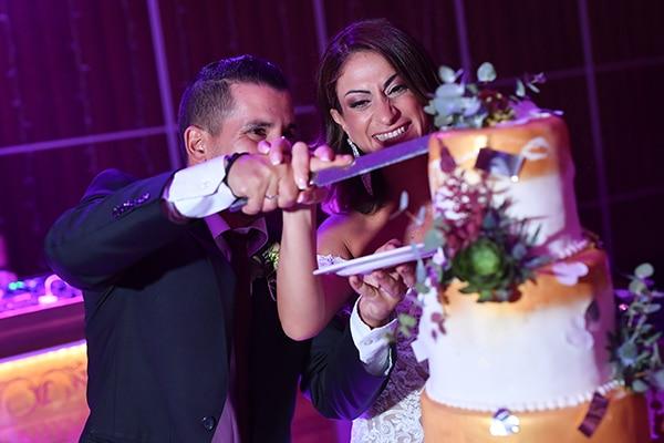 elegant-autumn-wedding-nicosia-beautiful-floral-design-burgundy-pastel-white-hues_25