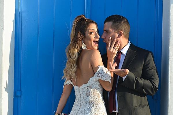 elegant-autumn-wedding-nicosia-beautiful-floral-design-burgundy-pastel-white-hues_28