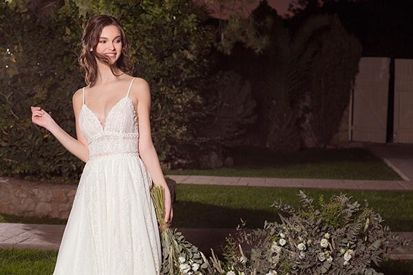 flowy-wedding-dresses-most-romantic-bridal-look_01