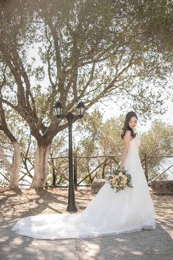 greek-island-wedding-kefalonia-olive-branches-white-roses_02