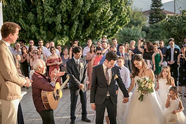 greek-island-wedding-kefalonia-olive-branches-white-roses_15