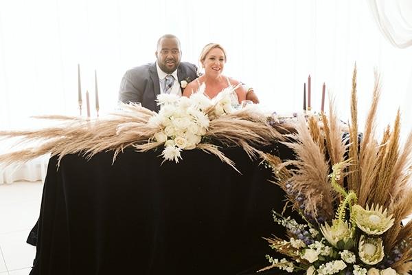 montern-bohemian-summer-wedding-dreamy-santorini-pampas-grass_28