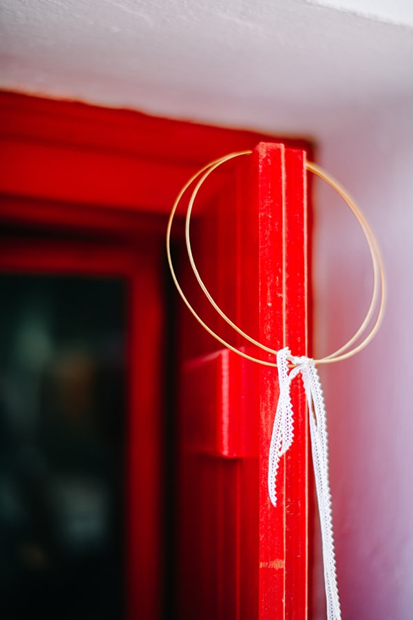 montern-summer-wedding-kythnos-vivid-colors_05x