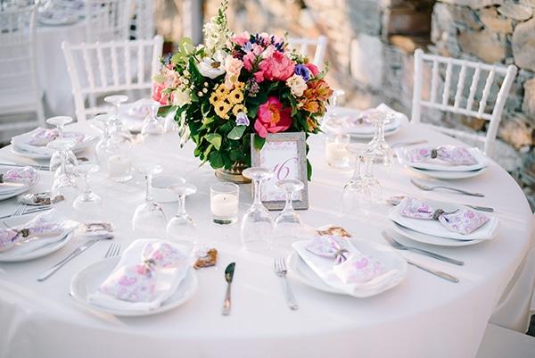montern-summer-wedding-kythnos-vivid-colors_21