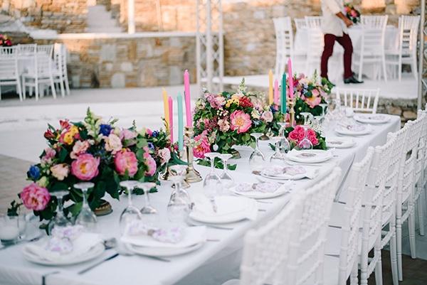 montern-summer-wedding-kythnos-vivid-colors_24