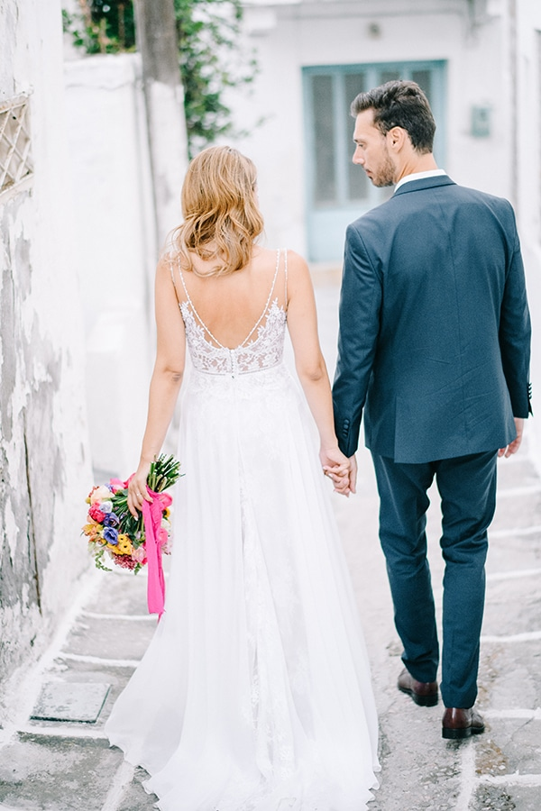 montern-summer-wedding-kythnos-vivid-colors_34