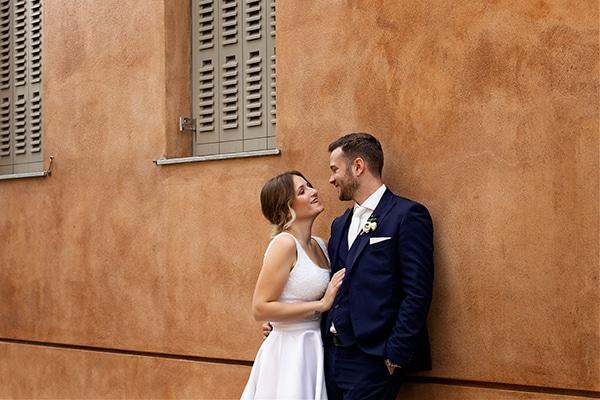 romantic-autumn-wedding-athens-white-hues_01z
