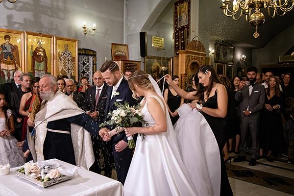 romantic-autumn-wedding-athens-white-hues_16