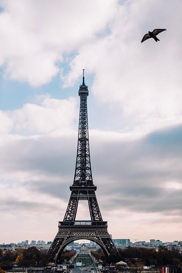 romantic-prewedding-shoot-paris_01y