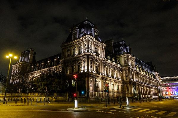 romantic-prewedding-shoot-paris_02x
