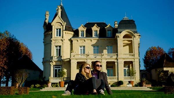 romantic-prewedding-shoot-paris_13x