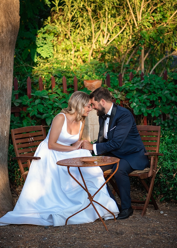 romantic-summer-wedding-chios-ivory-white-hues_02