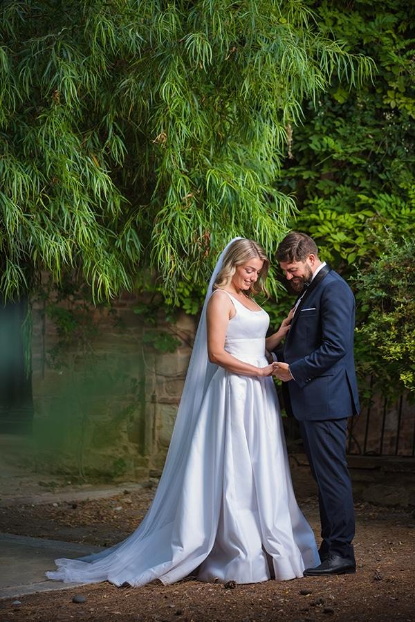 romantic-summer-wedding-chios-ivory-white-hues_03x