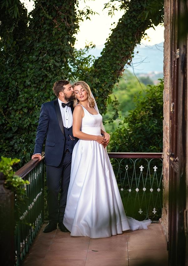 romantic-summer-wedding-chios-ivory-white-hues_04x
